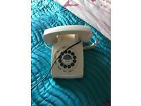 Retro cream telephone from next.
