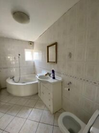 Newly Decorated 3 Bedroom House to Let on Balfour Road, Ilford, IG1.