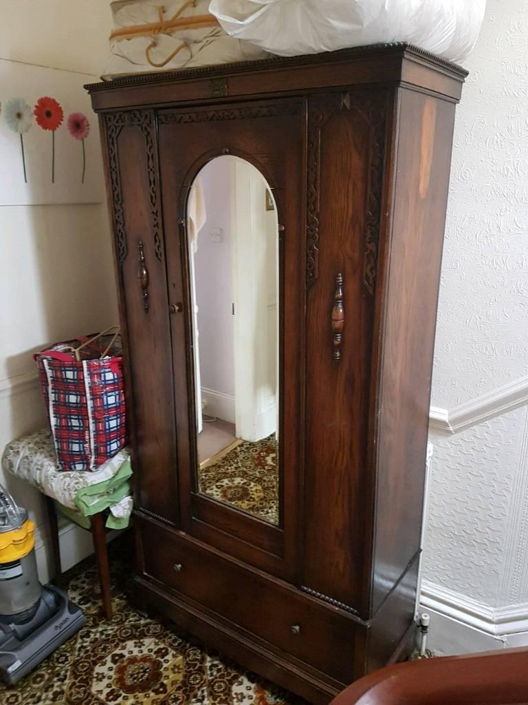 wardrobes armoire edwardian linen antique oak compactum dealer english highres wardrobe press sgthings
