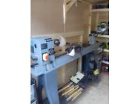 SIP 14 x 43 Professional Variable Speed Wood Lathe 1 horse +extras including extra chucks