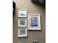 Set of framed pictures