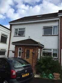 Spacious house to rent close to m3, rail links