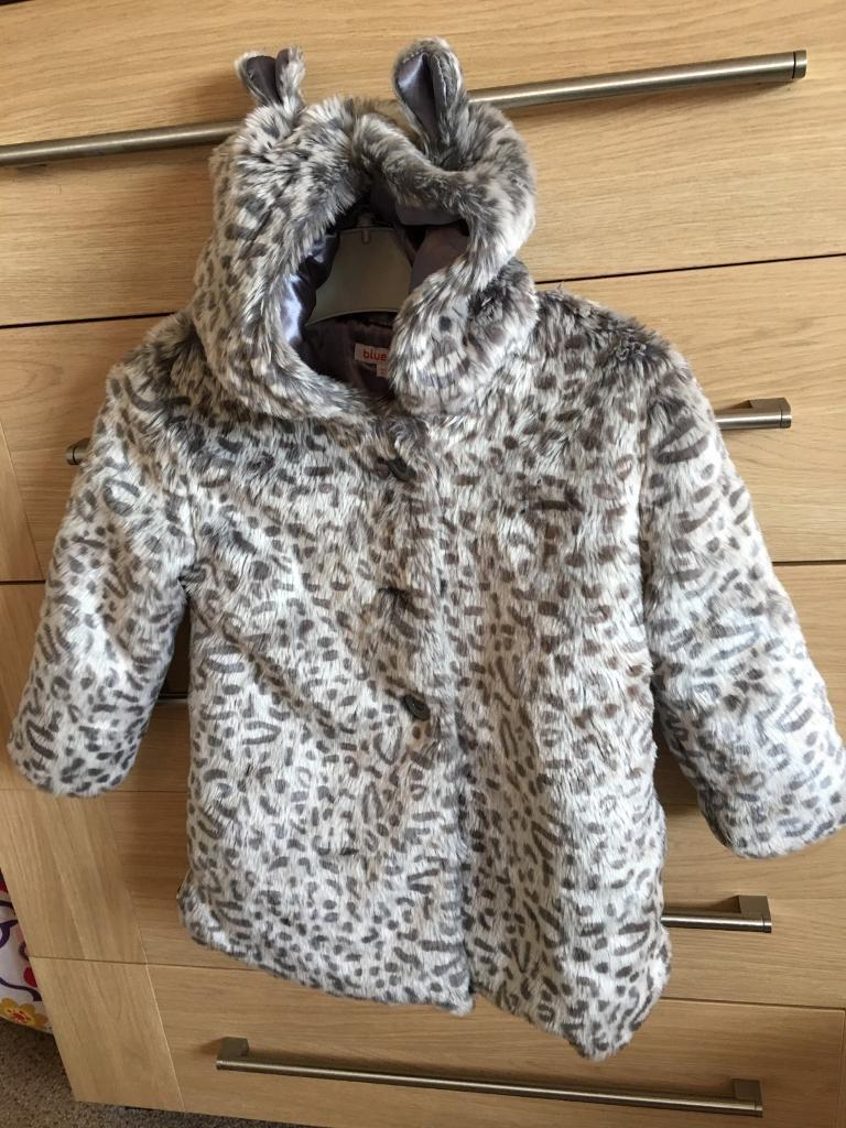 Beautiful fur coat from Bluezoo, Immaculate (age3/4 years
