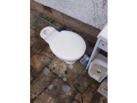 Free porcelain toilet and washbasin