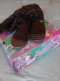 Sketchers Boots Size 2