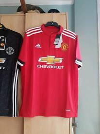 Manchester United 17/18 Home Top - Brand New in packaging with tags! Perfect for the new season!