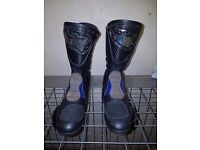 Stylmartin motorcycle boots hardly worn 8 (42) NEW PRICE
