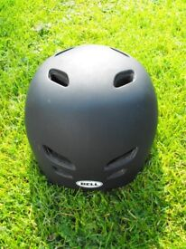 Top Quality Cycle/Bike SAFETY HELMET by BELL in Adult size Medium 55-59cms in BLACK