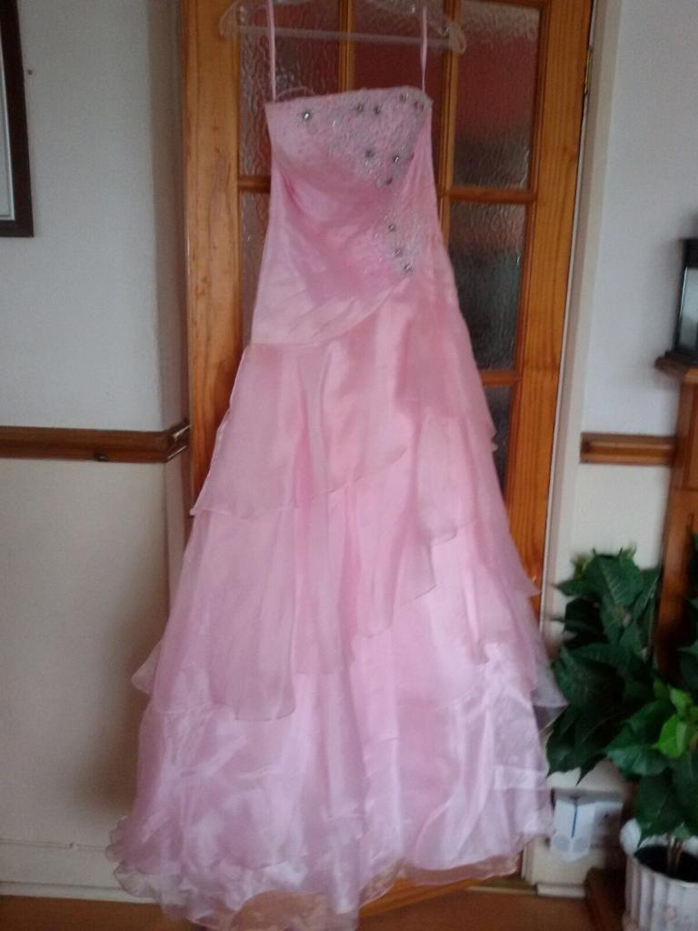 Famoso Vestidos De Novia Iowa City Cresta - Colección del Vestido de ...