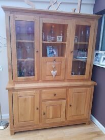 Stunning Large Dresser with Lighting for sale - as new!