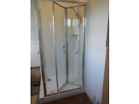 Shower enclosure and tray