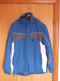 Ski / Snowboard Jacket Size large