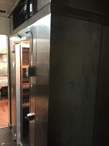 Commercial Step In Freezer - Curtis Refrigeration - iFoodEquipment.ca