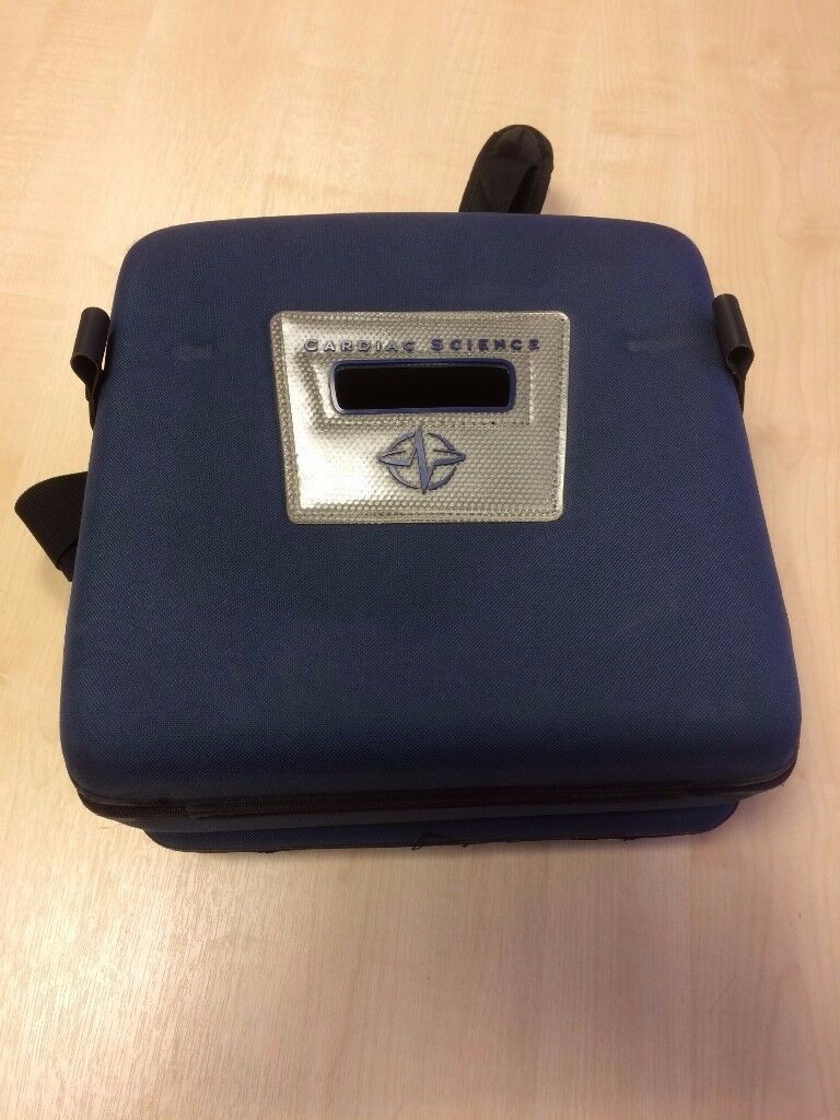 CASE FOR CARDIAC SCIENCE POWERHEART AED G3 IN GOOD CONDITION