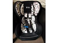 Baby Weavers kids car seat for kids upto 4 years. Very good condition