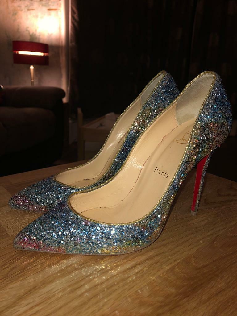 super popular 994a9 3e77c Louboutin Original red sole size 5 heels | in Dumbarton, West  Dunbartonshire | Gumtree