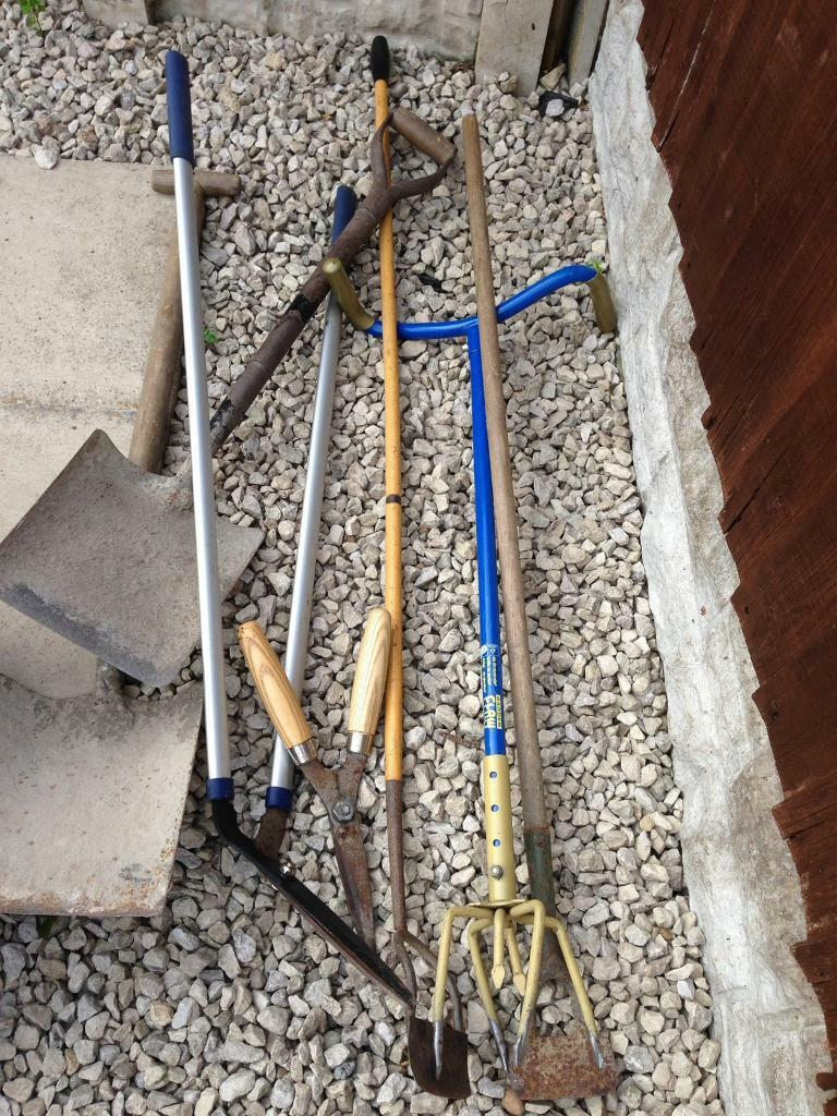 Garden toolsin South Kirkby, West Yorkshire - Offers garden tools Garden tools . Posted by Lee in Garden Hand Tools, Other Garden Hand Tools in South Kirkby. 23 June 2018