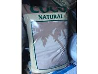£5 a bag !! Canna coco and clay pebbles hydroponics, grow equipment 50 lite bags !!!!