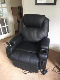 Riser / Recliner arm chair