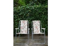 Vintage Pair Metal Folding Garden Patio Lounge Chairs Floral Fabric Plastic Arms
