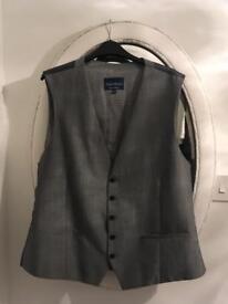3 piece men's grey suit xl