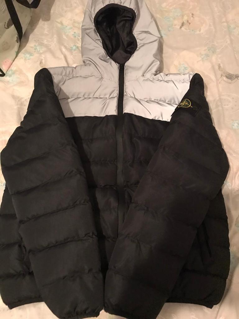 78fcec159b Men s Black   silver puffa Coat. Xl