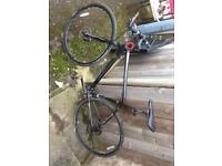 C boardmen front and back disk brakes maxi tyres bikes hardly being rode