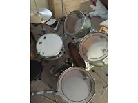 £300 Ono Royale 5 piece drum kit including cymbals and stands