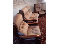 3 piece suite. in velour with mahognany frame