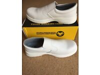 Amblers Safety - Size 10 - White Bakery Shoes - New Never Been Worn Tag attached