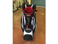 golfbag and trolley as new