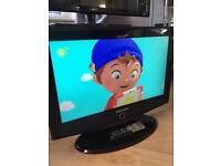 """Samsung 24"""" Lcd Full Hd Slimline Tv Built In Freeview Remote & Stand Excellent Condition"""