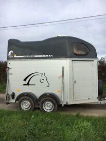 Cheval Liberté Gold horse box trailer