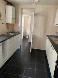 3 Bedrooms Family house for rent in East Ham