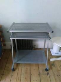 Metallic desk table