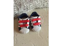 adidas crib shoes! brand new never been worn! £10