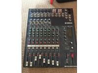 Yamaha MG 124C mixing console/desk 12 channels
