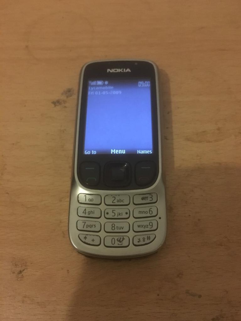 3 NOKIA MOBILE PHONES WOW LOOK £15 EACH