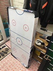 Air hockey games table