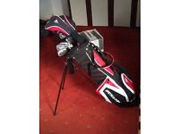 complete set of golf clubs used 3 times