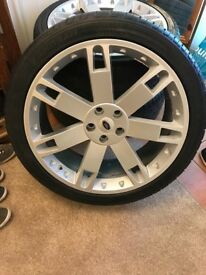 Range Rover Sports wheels 22""