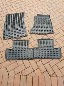 Audi Q5 rubber floor mats