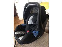 Recaro Privia 0+ Car seat and Isofix base, very good condition