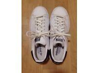Adidas Stan Smiths (US 8.5/UK 8) - White/Blue