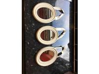 Set of 3 oval cream mirrors