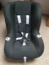 Child Car Seat - weight 9-18kg Britax
