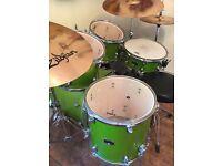Yamaha GMOF5 Gigmaker 5 Piece Kit - Green Glitter + Zildjian ZBT Cymbals