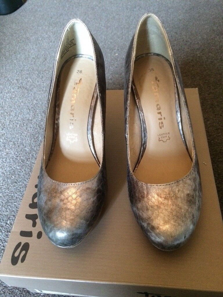 Size 3 Silver Grey Shoes