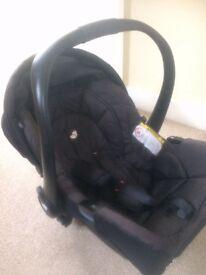 Capsule car seat