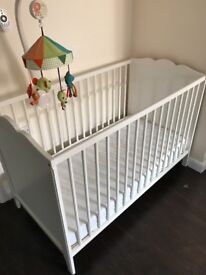 Ikea Hensvik Baby cot with mattress or without